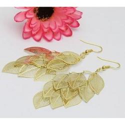 nine leaves earring