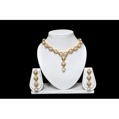 Pearl Diamond Necklace Set (Imitation )